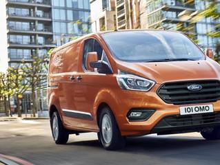 Nieuwe Ford Transit Custom heeft fris design, volledig nieuw interieur en brandstofbeparende ECOneti