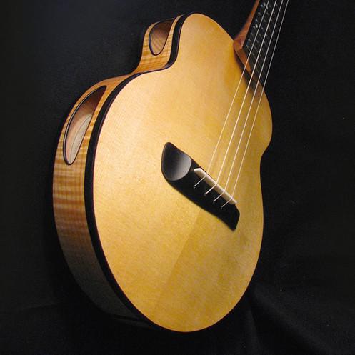 T16 Archtop Tenor Ukulele/Octave Mandolin