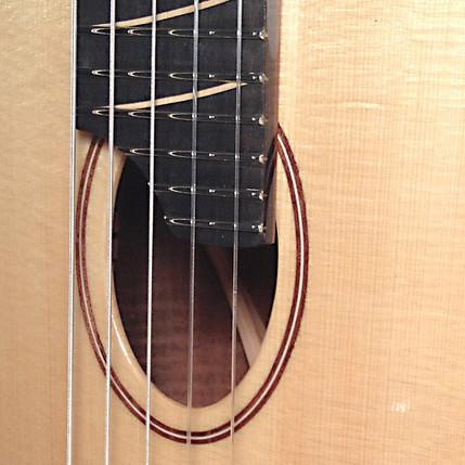 T14 Bastogne Walnut and Carpathian Spruce 5-string Tenor Ukulele in Cello tuning