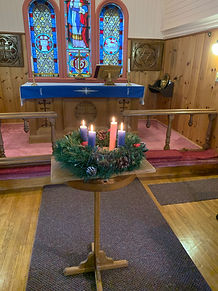 lighting of the 4th Advent Candle-2.jpg