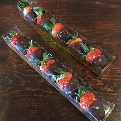 Chocolate Covered Strawberries Gift Box