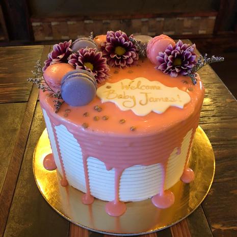 Customize Your Valentines Cake!