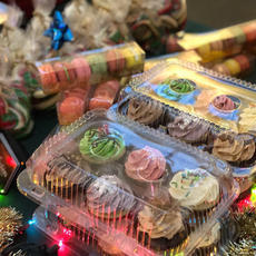 Standard Christmas Cupcakes