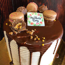 Chocolate Hazlenut Buttercream Cake