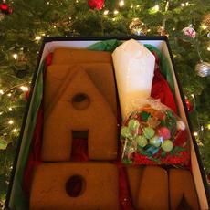 Christmas Gingerbread House Kit