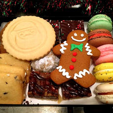 Small Christmas Cookie Box 21pc