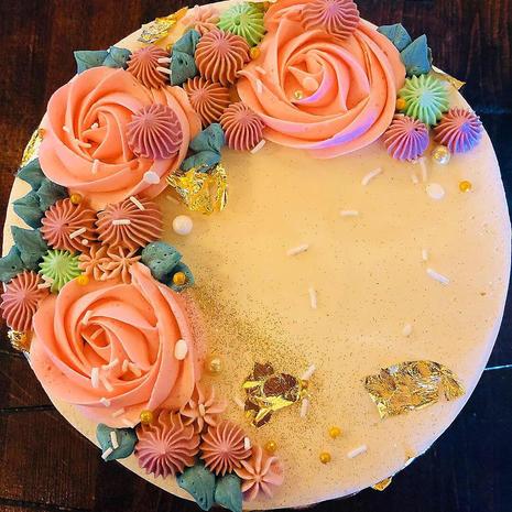 Gold Slick Floral Buttercream Cake