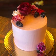Lemon Raspberry Buttercream Cake