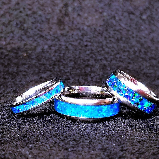 Cremation Ring Inlaid With Ashes Crushed Opal
