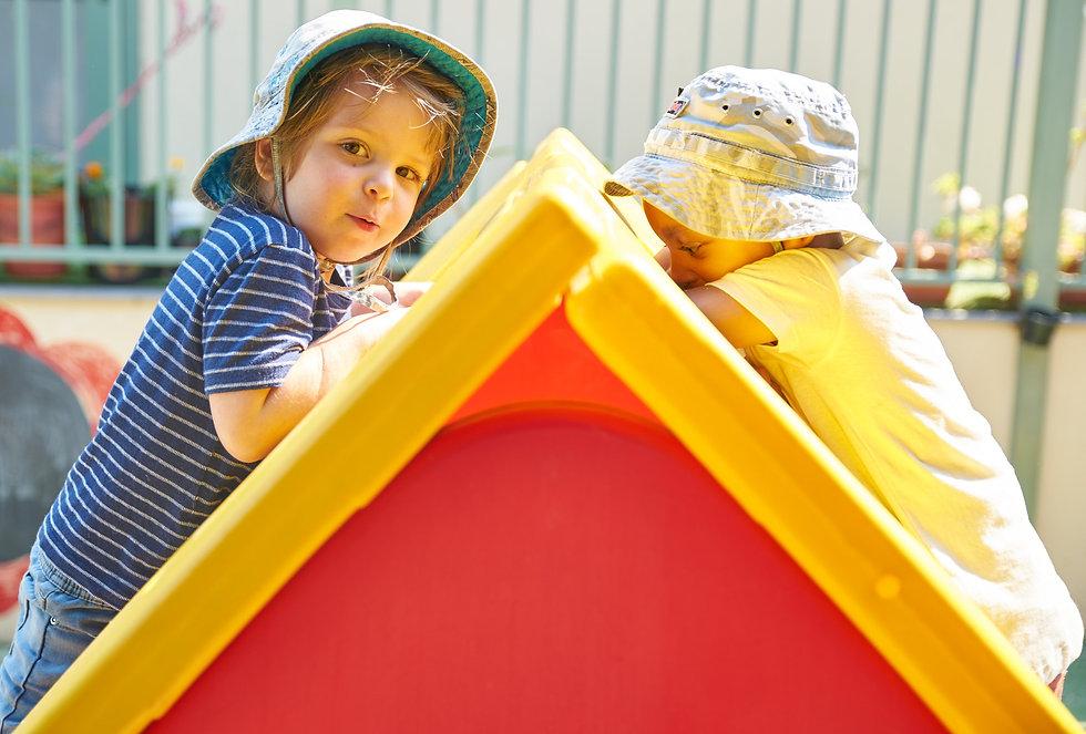 CleverKids-kids-climbing-on-house_edited