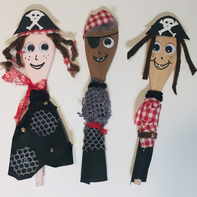 Pirate Spoon Puppets