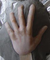 hand_clay_small.jpg