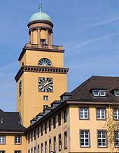 An Wittens unterer Bahnhofstraße geben Firmengründer Gas
