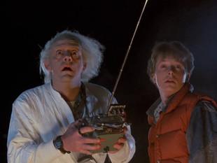 """El elenco original de """"Volver al futuro"""" se reúnen otra vez y dan posibilidades de una cuarta pelícu"""