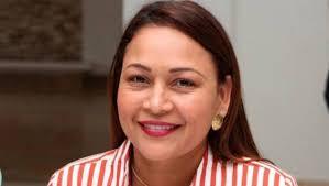 Alcaldesa colombiana es suspendida por ir a una fiesta durante cuarentena