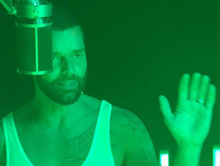Ricky Martin relanza 'Pausa' con tecnología de inmersión que mejora y enriquece las canciones