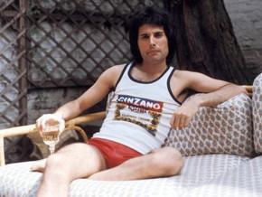 Los amigos de Freddie Mercury llevan 28 años recibiendo sus regalos en cada Navidad