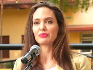 Angelina Jolie trata de equilibrar su trabajo de actriz con el de madre