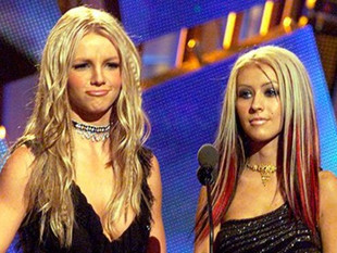 Rivalidad entre Britney Spears y Christina Aguilera es falsa