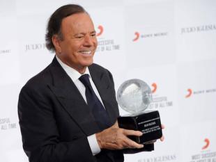 La exorbitante fortuna de Julio Iglesias que lo ubica entre los españoles más adinerados