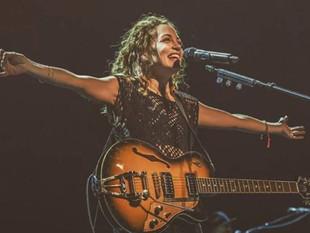El mensaje de Natalia Lafourcade a Maluma después de su polémico gesto en los Latin Grammy