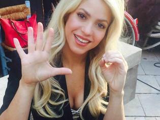 Los líos fiscales de Shakira habrían comenzado en la peluquería