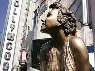 Hombre fue arrestado por robar la estatua de Marilyn Monroe en Hollywood