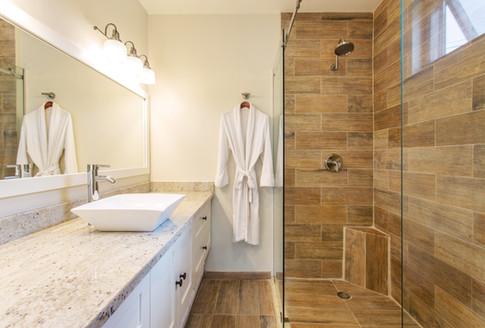 BH Bedroom 2 Bathroom.jpg