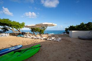 Kayak and Chairs.jpg