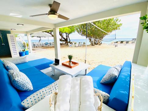 The Lounge.jpg