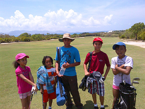 play-golf-anguilla-kids-golf