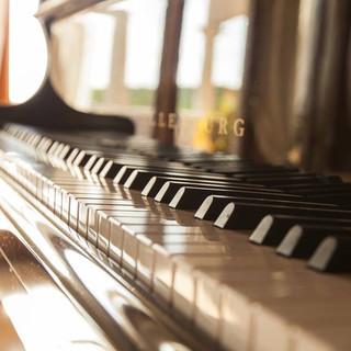 Living Room Piano 3.JPG
