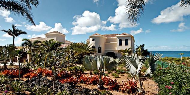Ext front of villa.jpeg