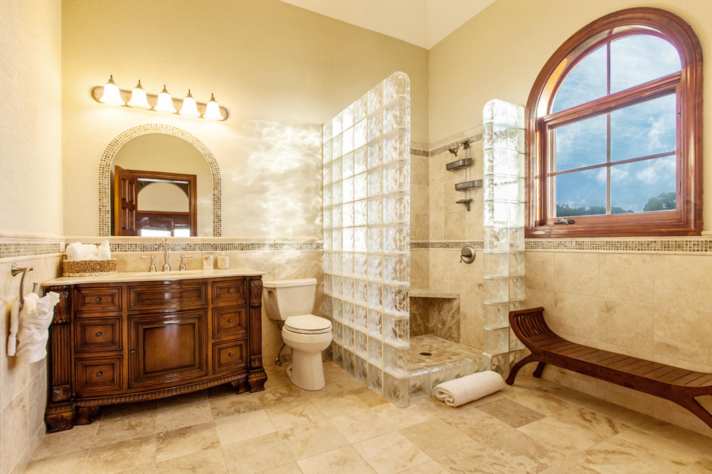 Bath jr master bahroom_edited