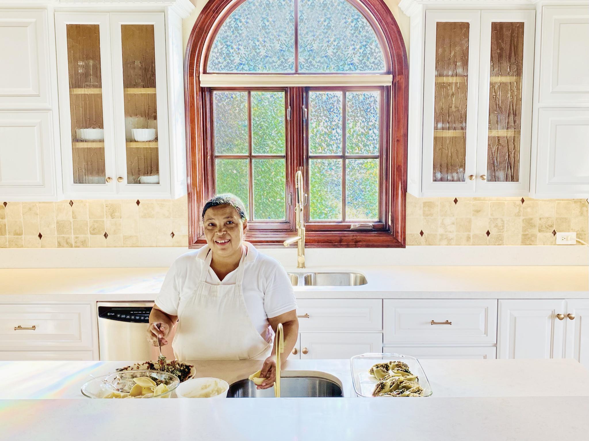 Kitchen 1_edited