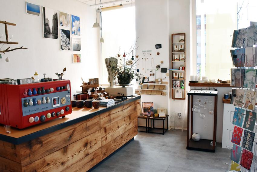 Innenraum Galerie 72dpi.jpg