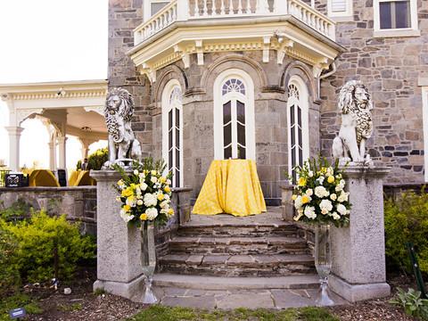Adesola & Edmund's Vintage Spring Wedding