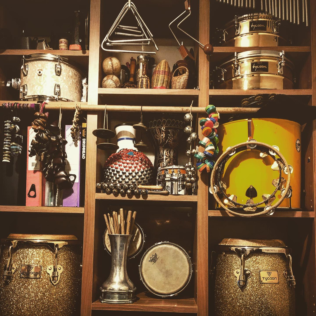 Percussion wall