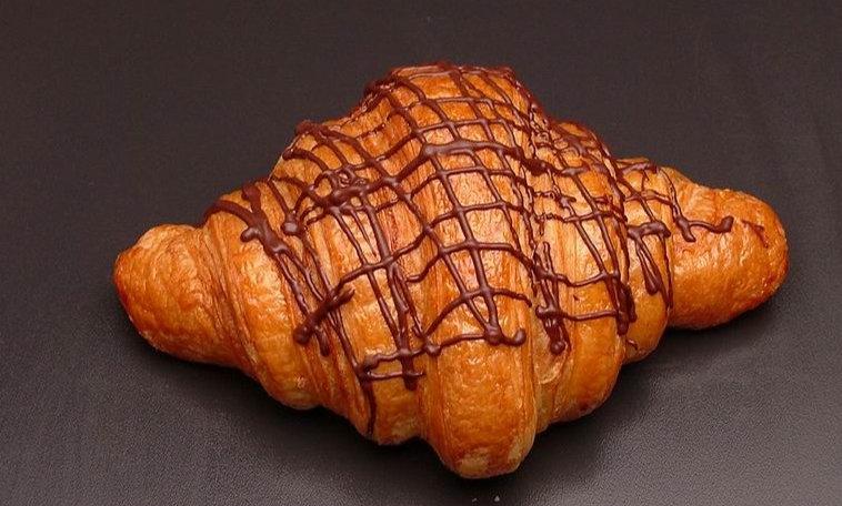 Jumbo Chocolate Croissant | จัมโบ้ ช็อคโกแลตครัวซองต์
