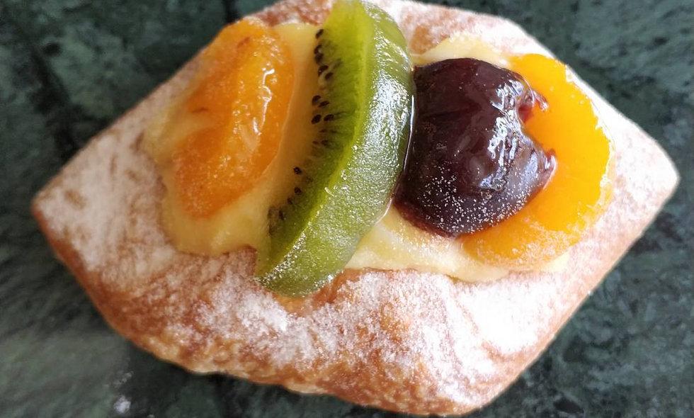 Mixed Fruit Danish | เดนิช ผลไม้สด