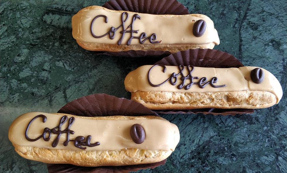 Eclair Coffee | เอแคลร์ ไส้คัสตาร์ดกาแฟ