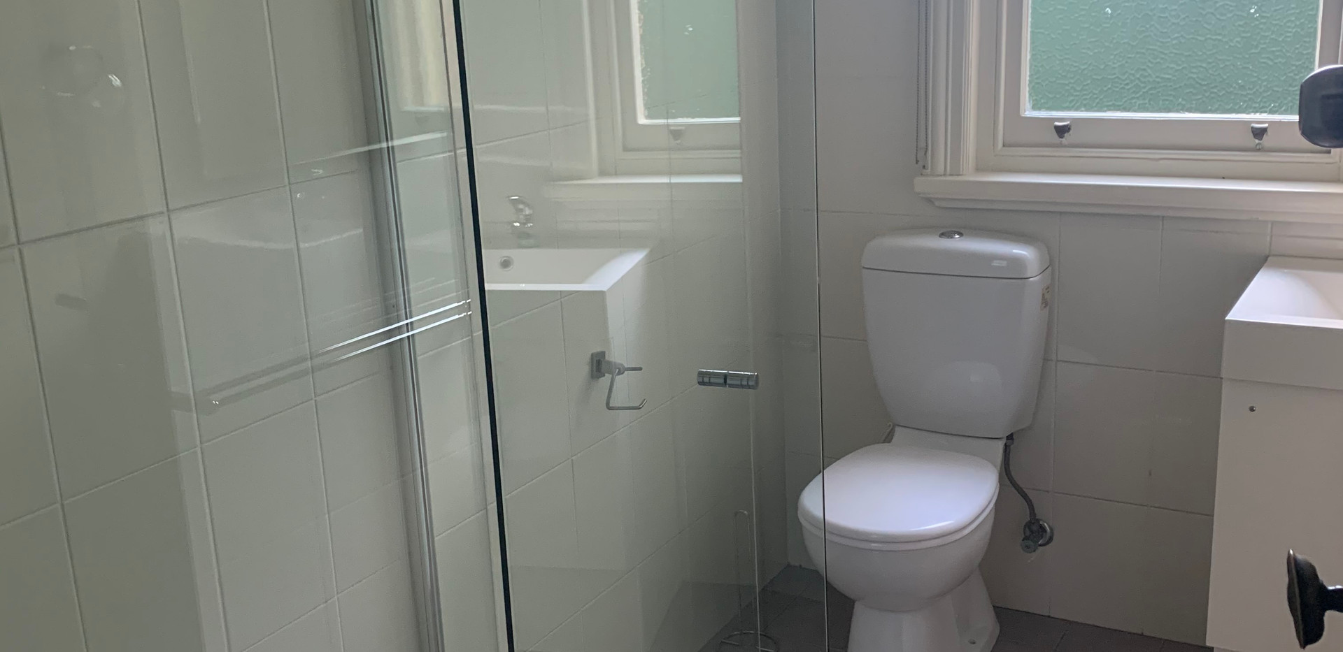front bathroom inside.jpeg