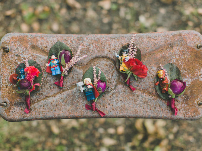 4 Ways to Personalize the Boutonniere