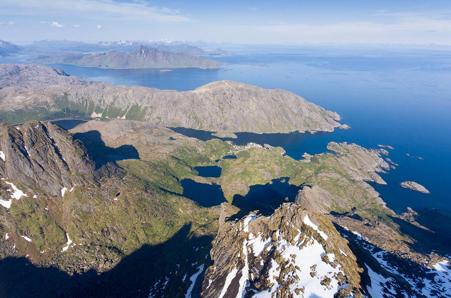 1280_nusfjord_03 2.jpg