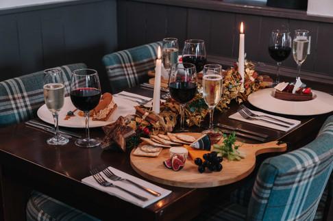 Christmas table-1.JPG