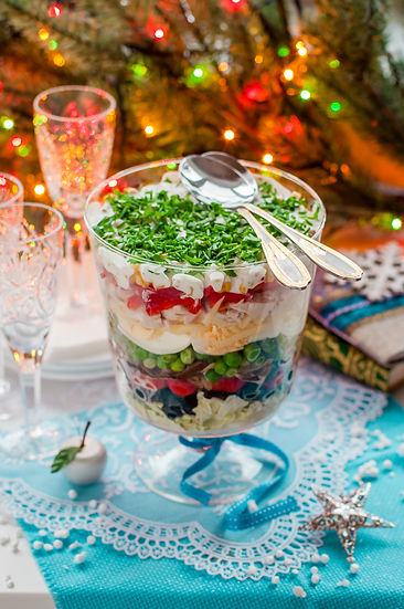Christmas Layered Salad (Salad Leaves, B
