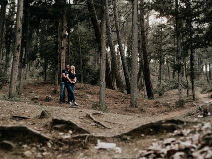 Moody φωτογράφιση ζευγαριού στη Θεσσαλονίκη