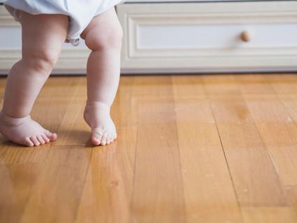 Little baby's feet