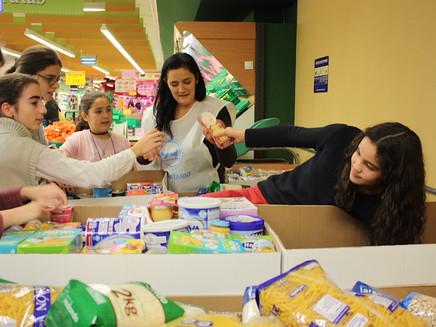 Villanúa en la gran recogida familiar del Banco de Alimentos