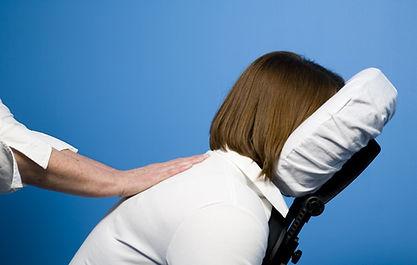 video corso massaggio da ufficio su sedia AMGI